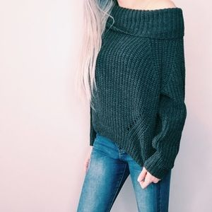 Gray off shoulder sweater ❤